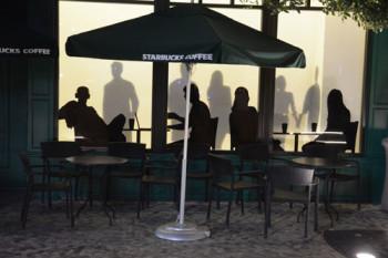Ett av många caféer